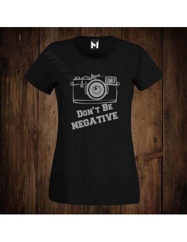 Тениска Motif Don't be negative